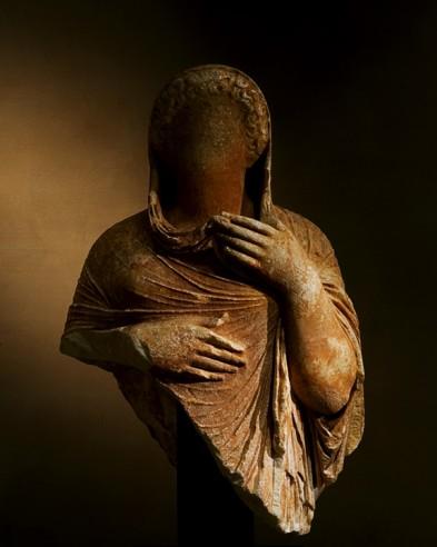 stone statue vervoordt