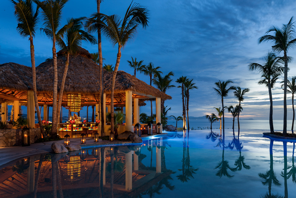 OneOnly_Palmilla_AquaBarView